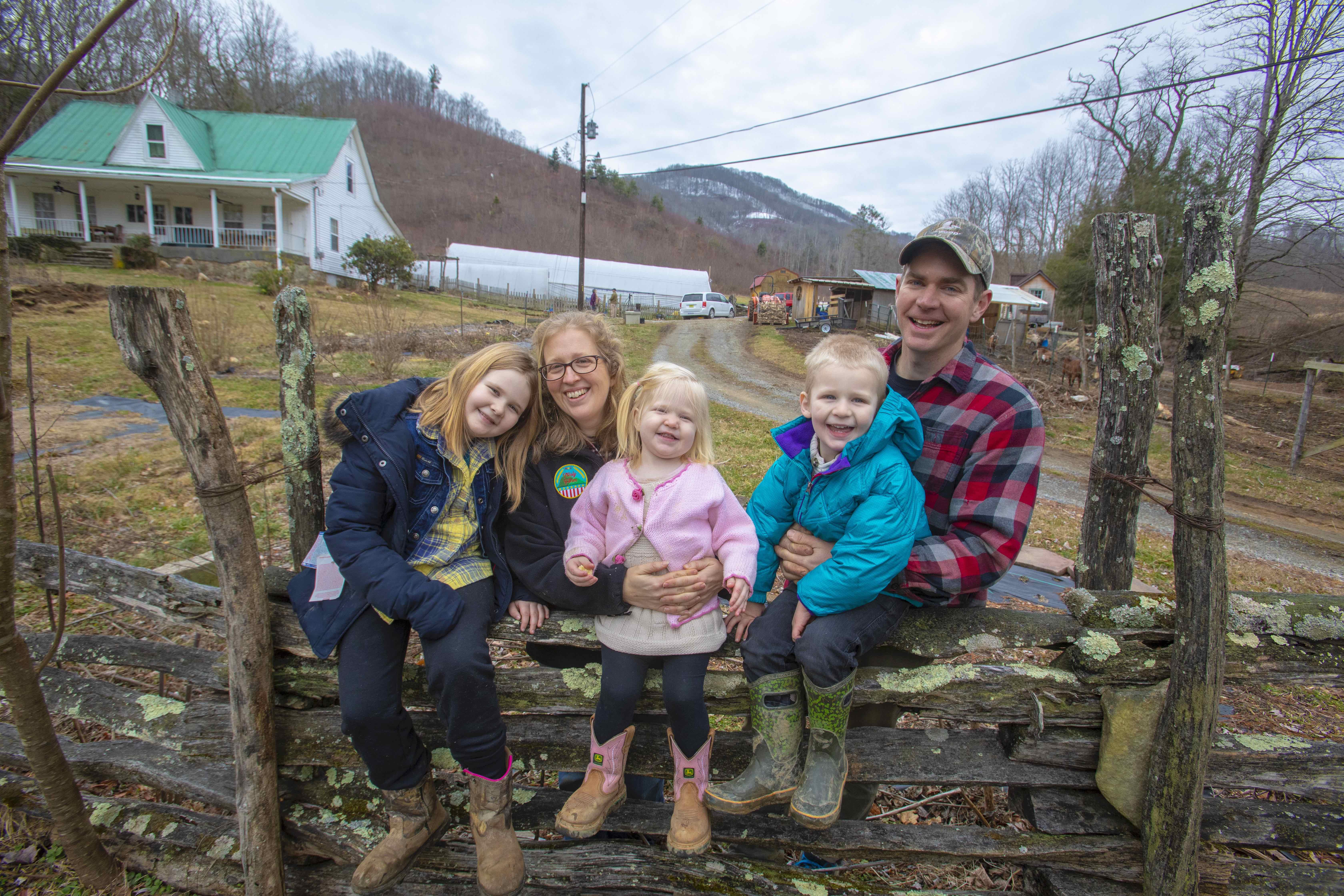 Nidiffer family onTrosly Farm